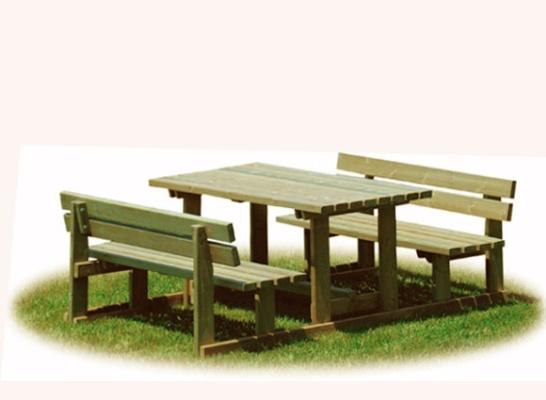 Tavoli in legno vimpex arredo urbano for Arredo urbano in legno