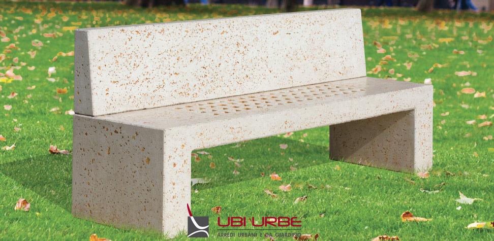 Panchina da esterno con schienale e seduta forata galamaxi for Panchine arredo urbano prezzi